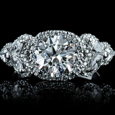 Buy loose diamonds from our Houston jewelry store