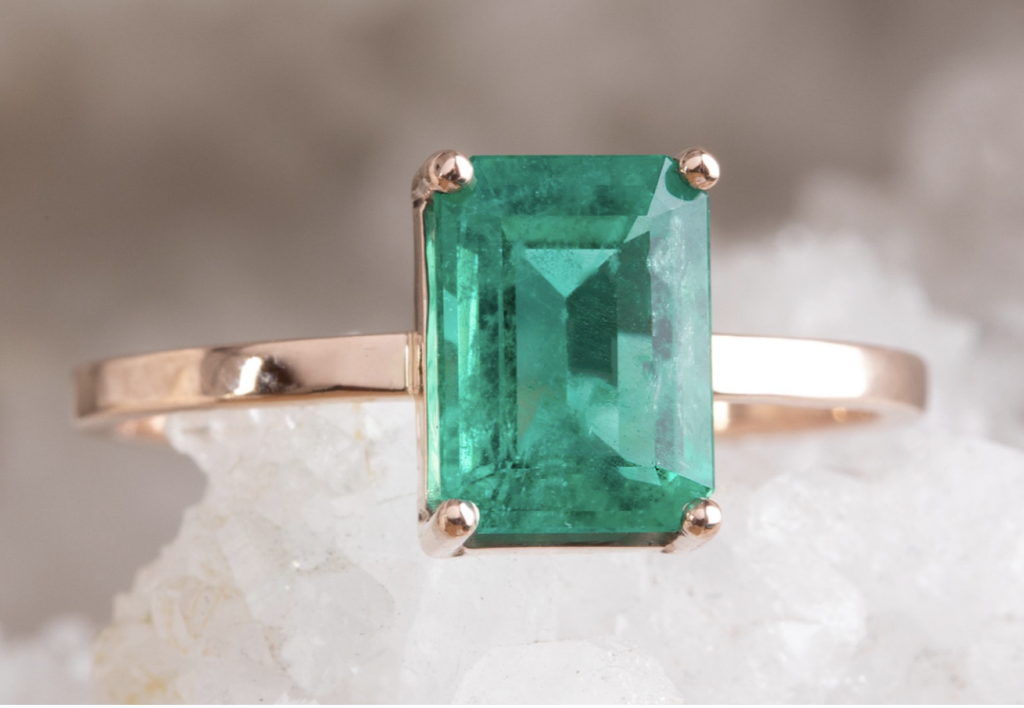 alternative emerald stone for engagement ring
