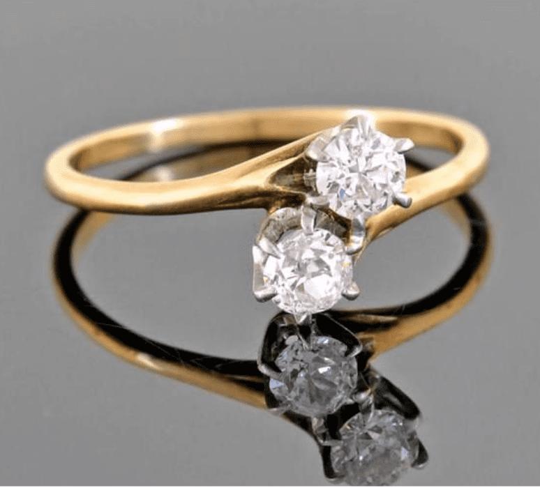 Toi et Moi engagement ring
